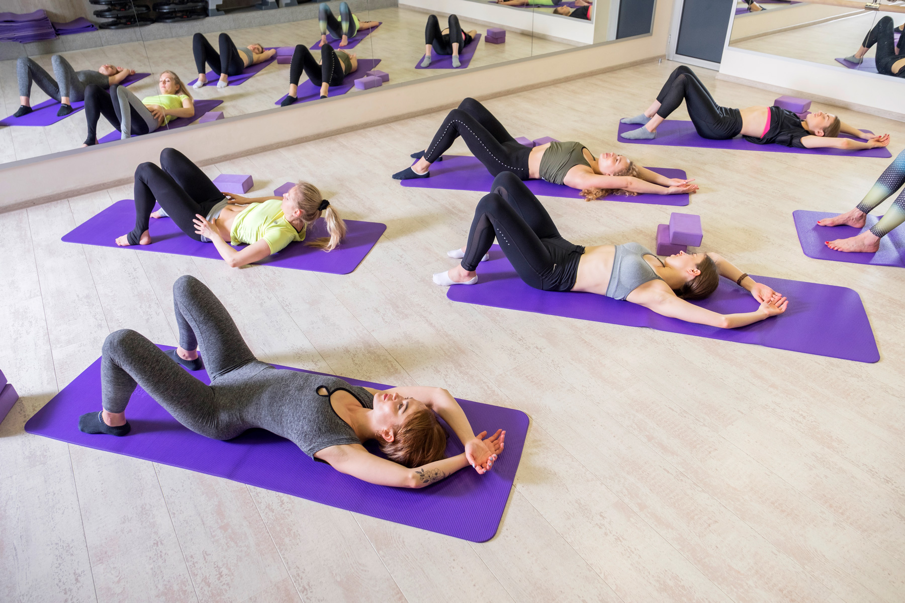 Adult fitness studio group classes in chantilly, va